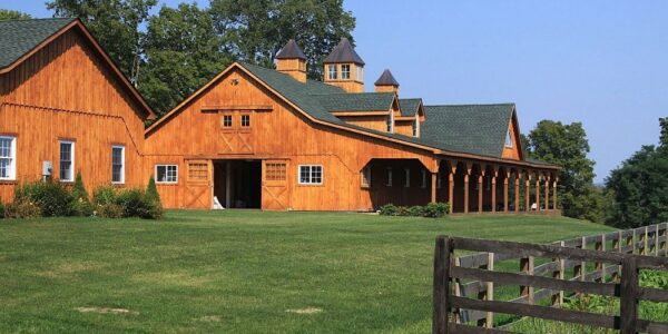 3 Location Considerations for Your Horse Barn | Groundmaster